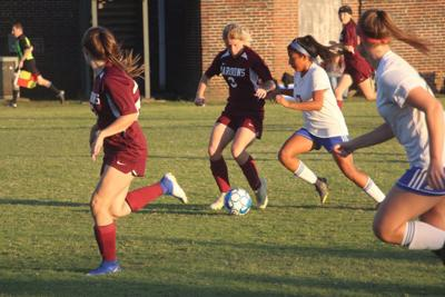 Lady Tigers fall to Madisonville- North Hopkins