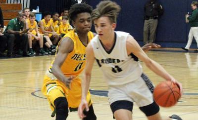 Appomattox boys basketball routes Nelson in regional opener