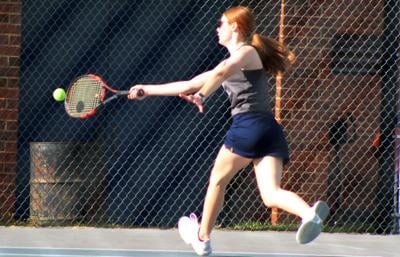 Appomattox Raiders tennis undefeated at 9-0 to wrap up regular season, advance to regionals