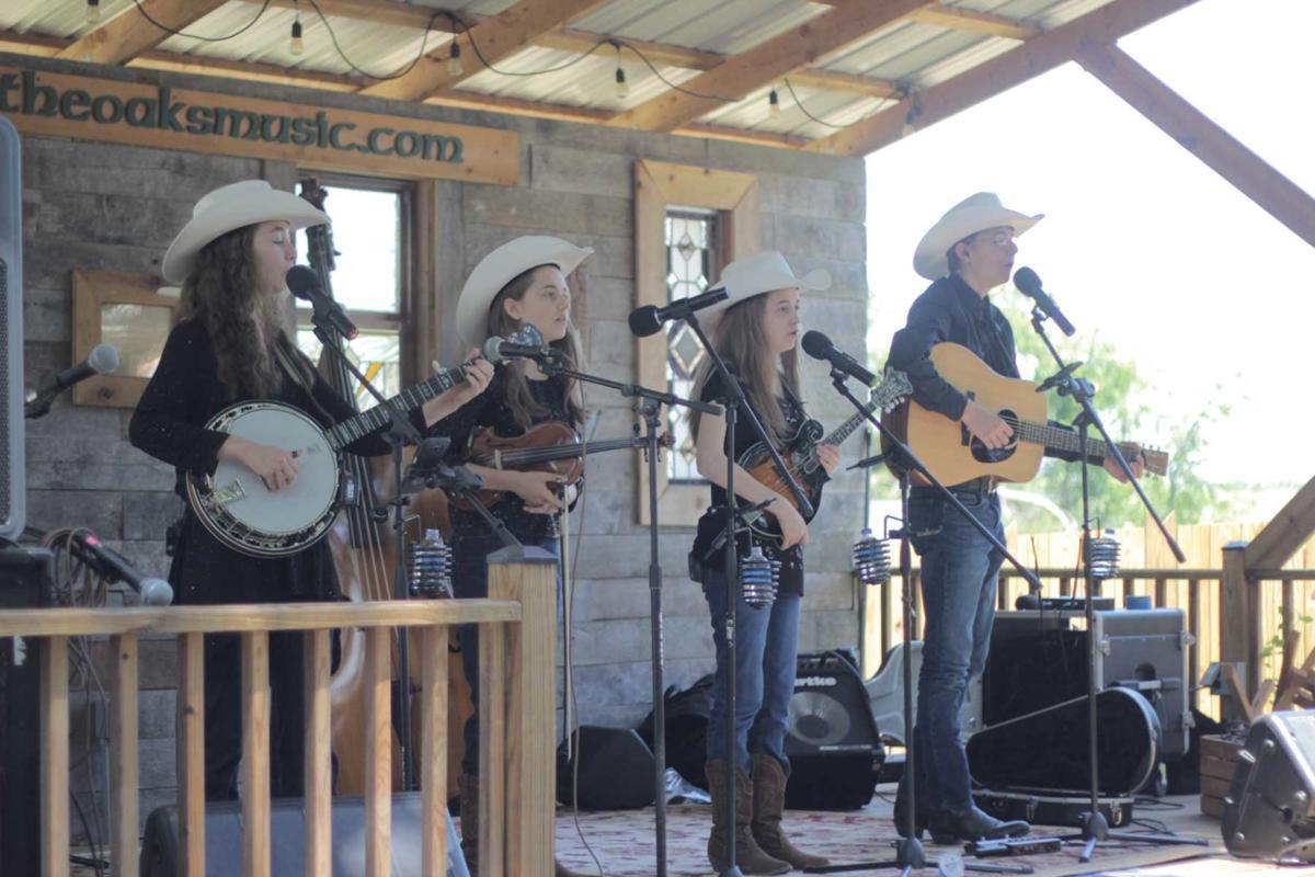 Mountain Highway band