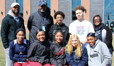 Raiders set seven personal bests at indoor track state finals