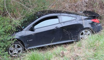 No injuries in one-car Appomattox accident