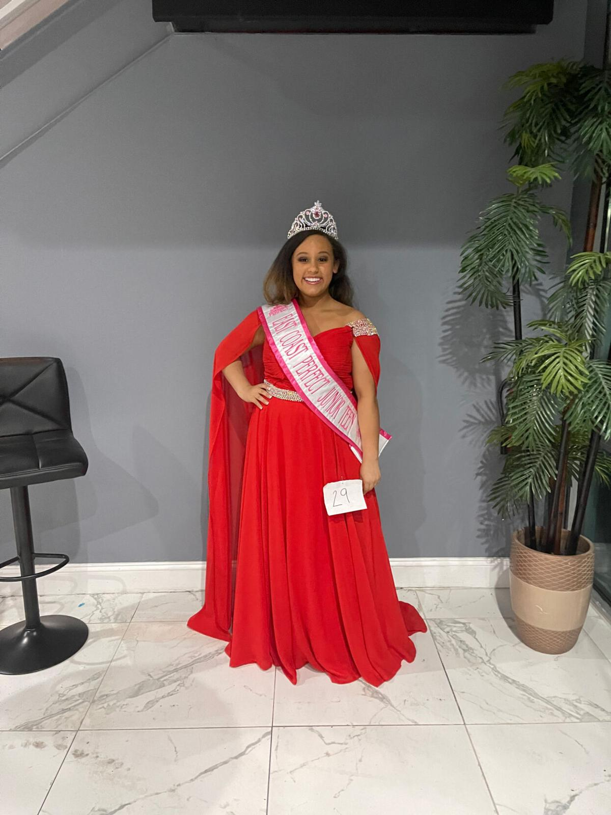 Appomattox teen wins east pageant: Advances to international contest