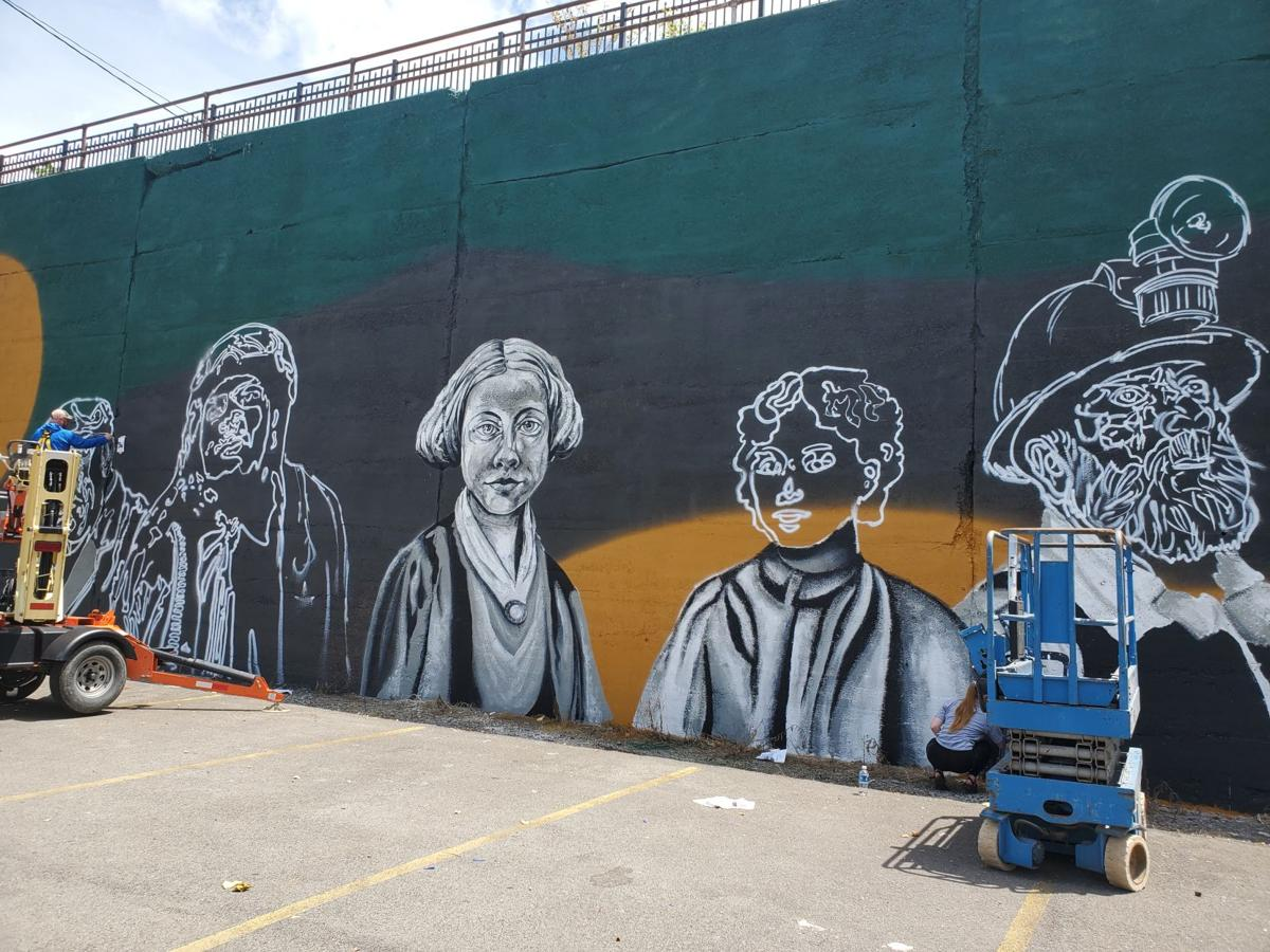 Historical figures coming to life on Palatine Park mural