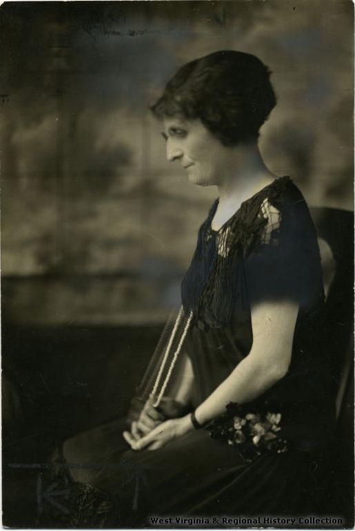 Minnie Lowther