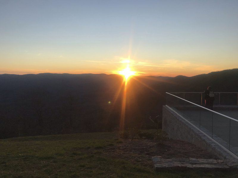 """BRAD DYE: Experiencing life """"above the grid"""" at Len Foote Hike Inn"""