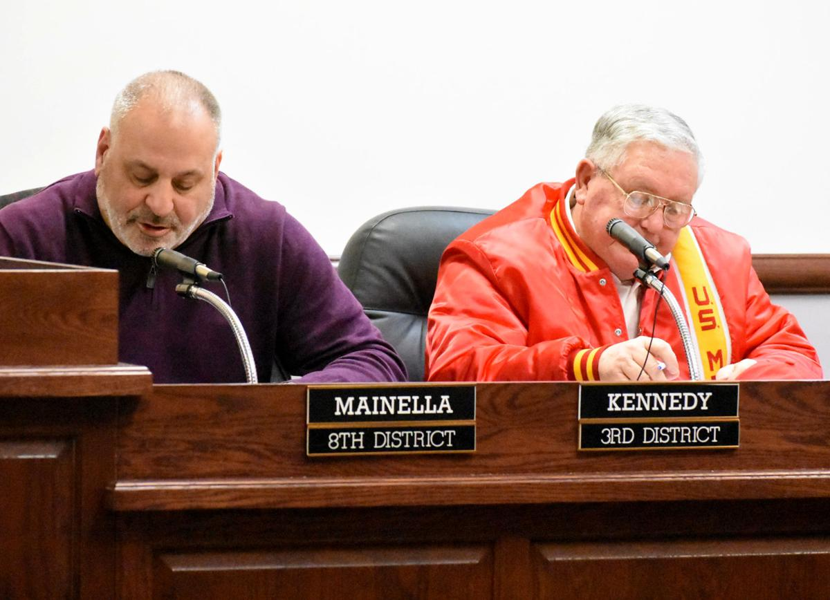 Fairmont City Council censures Kennedy by 6-3 vote