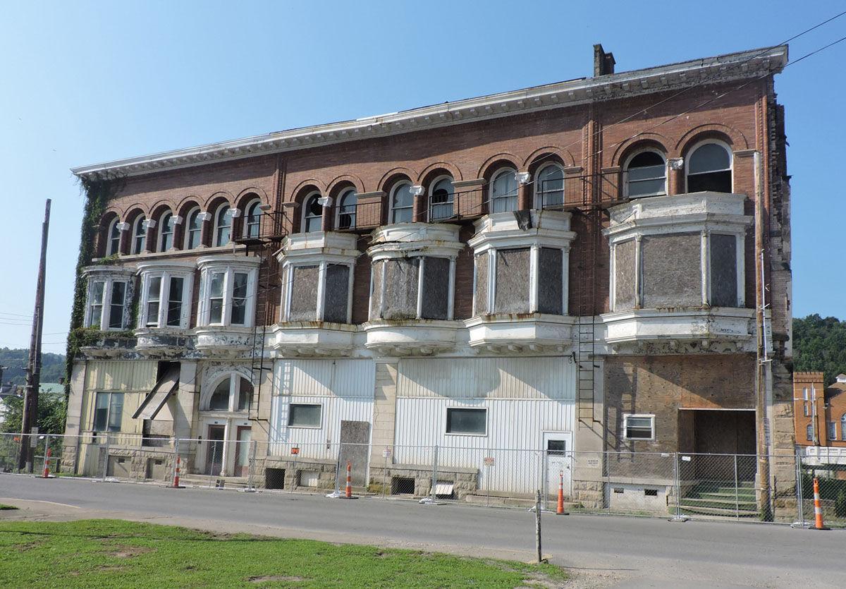 winter garden hotel demolition begins today news timeswv com