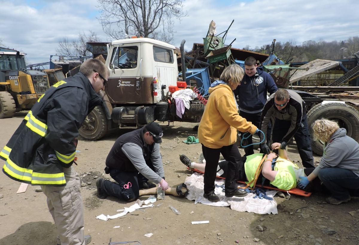 Pierpont EMS program prepares EMTs, paramedics using real-life scenarios  and simulations | News | timeswv.com