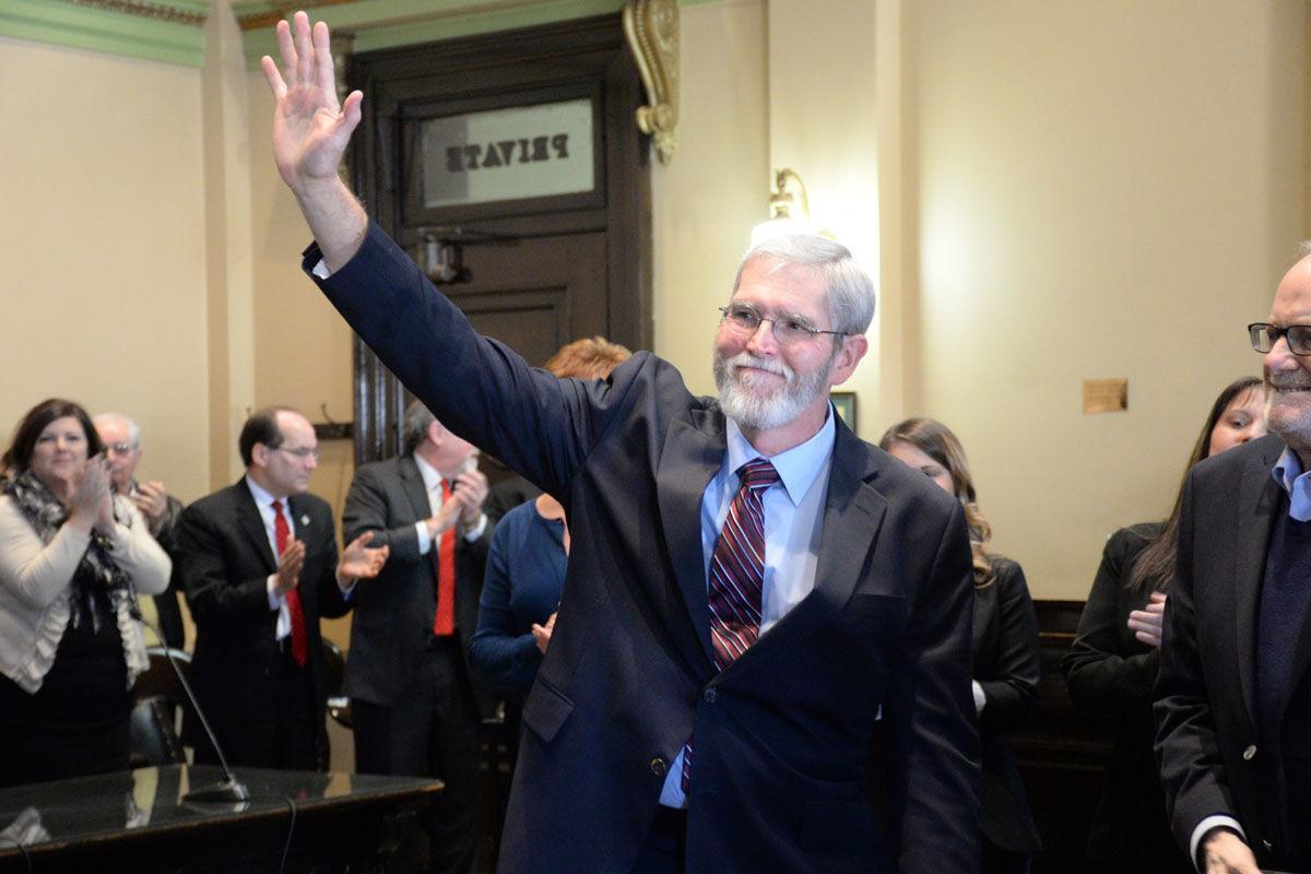 Wilson sworn in as Marion County judge