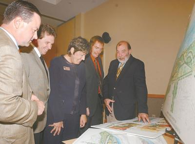 Fairmont City Planner Jay Rogers