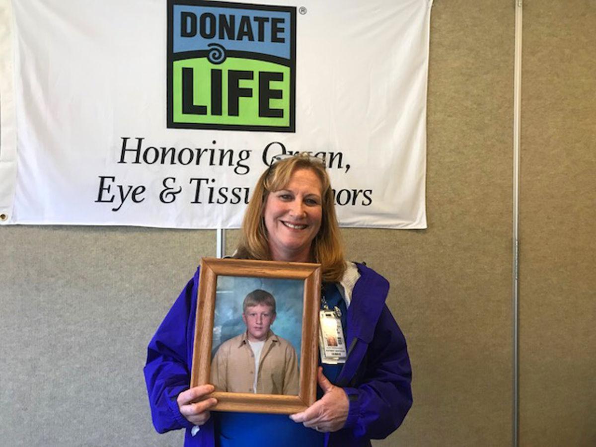 041318 organ donation photo 2.jpg