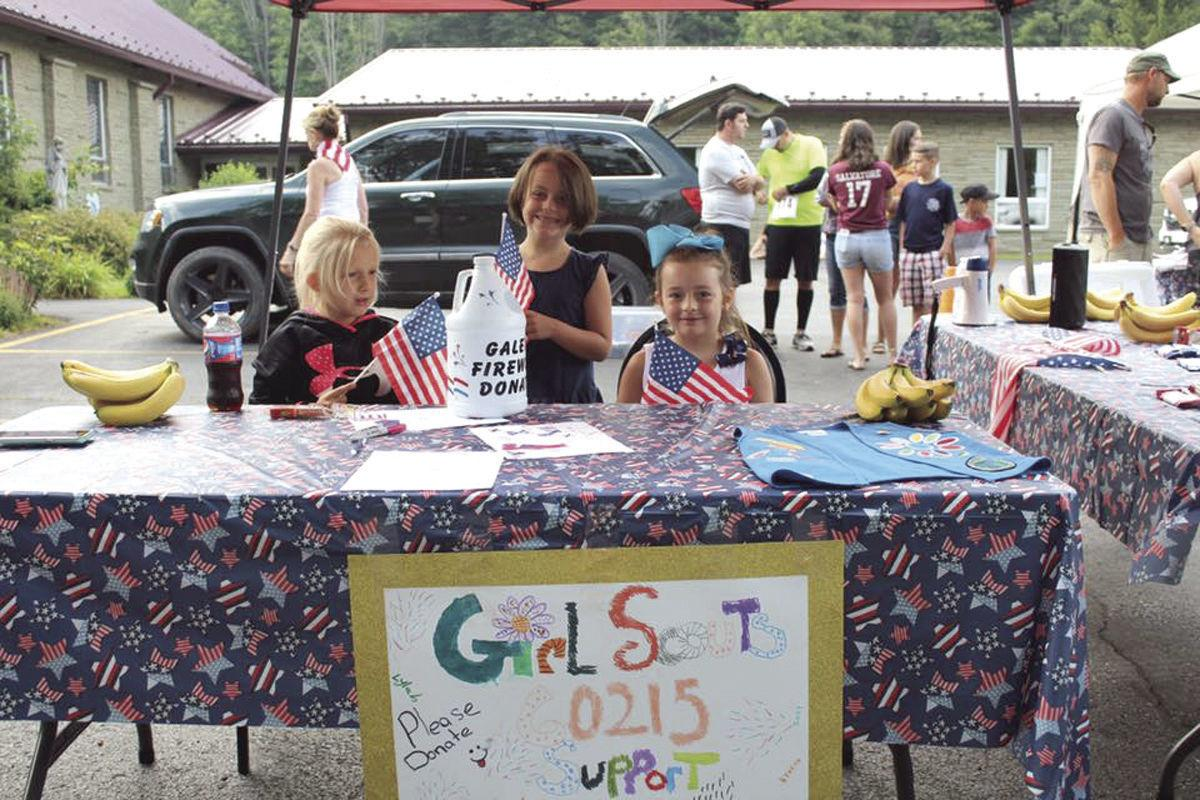 Girl Scouts help out at 5K