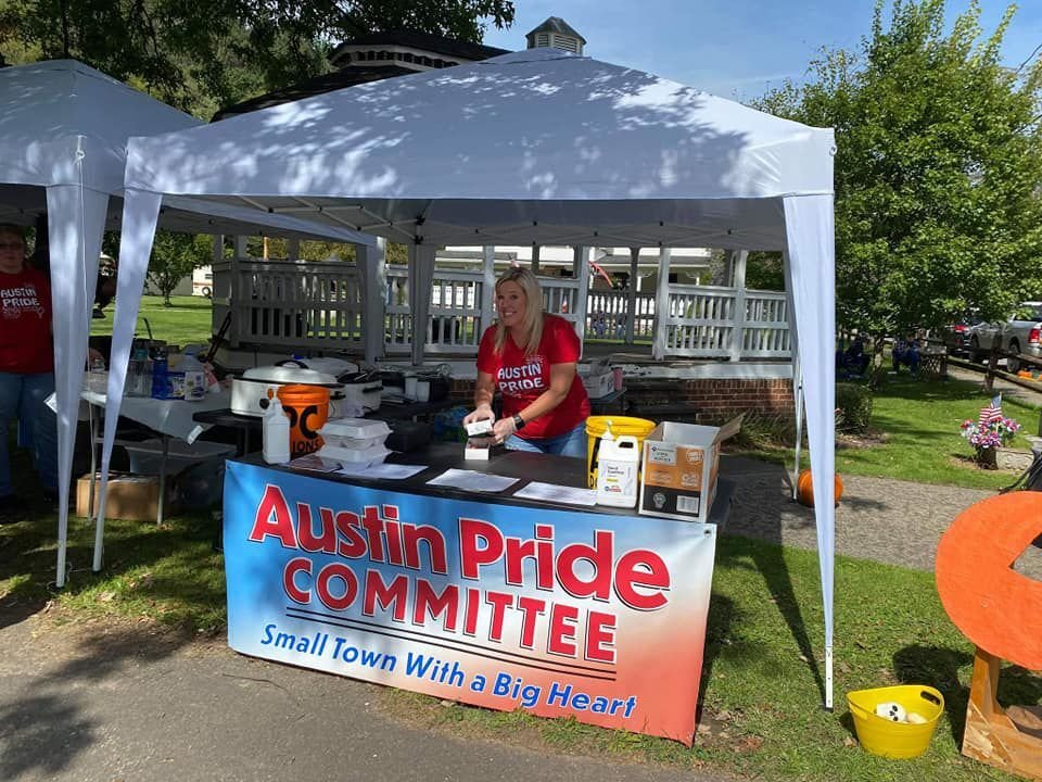 Austin Pride Committee puts on Fall Festival