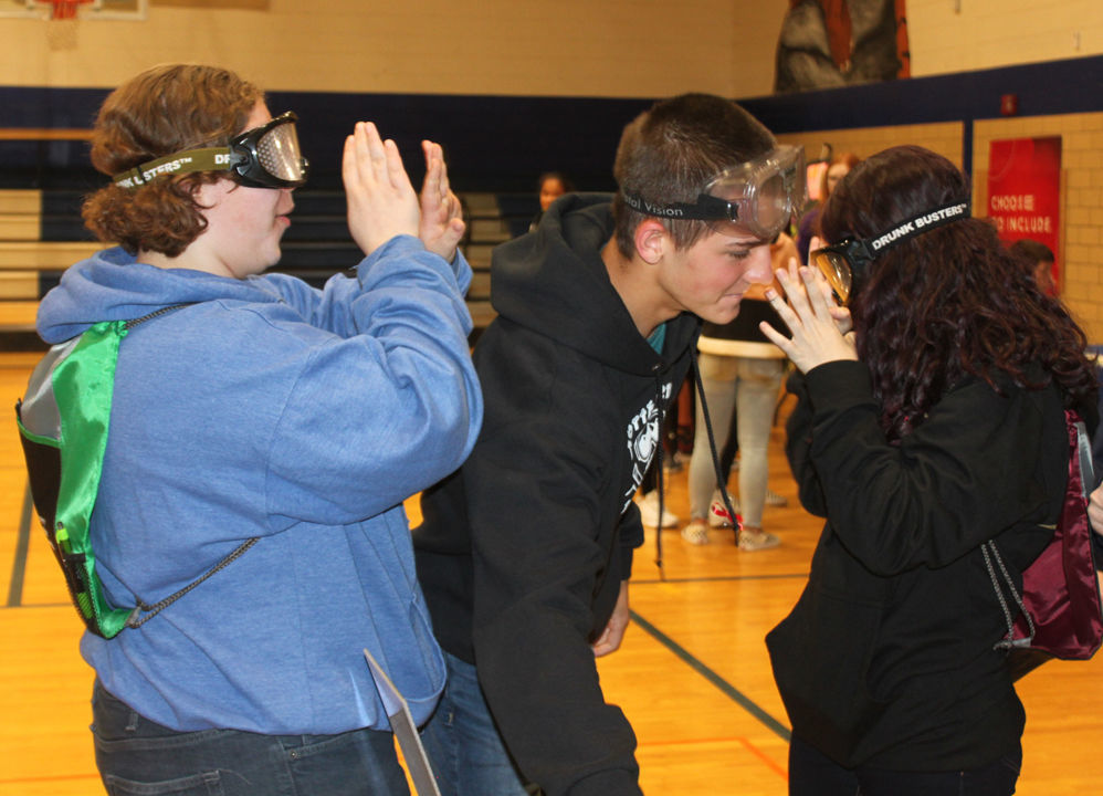 STSD students learn about safe driving at health fair