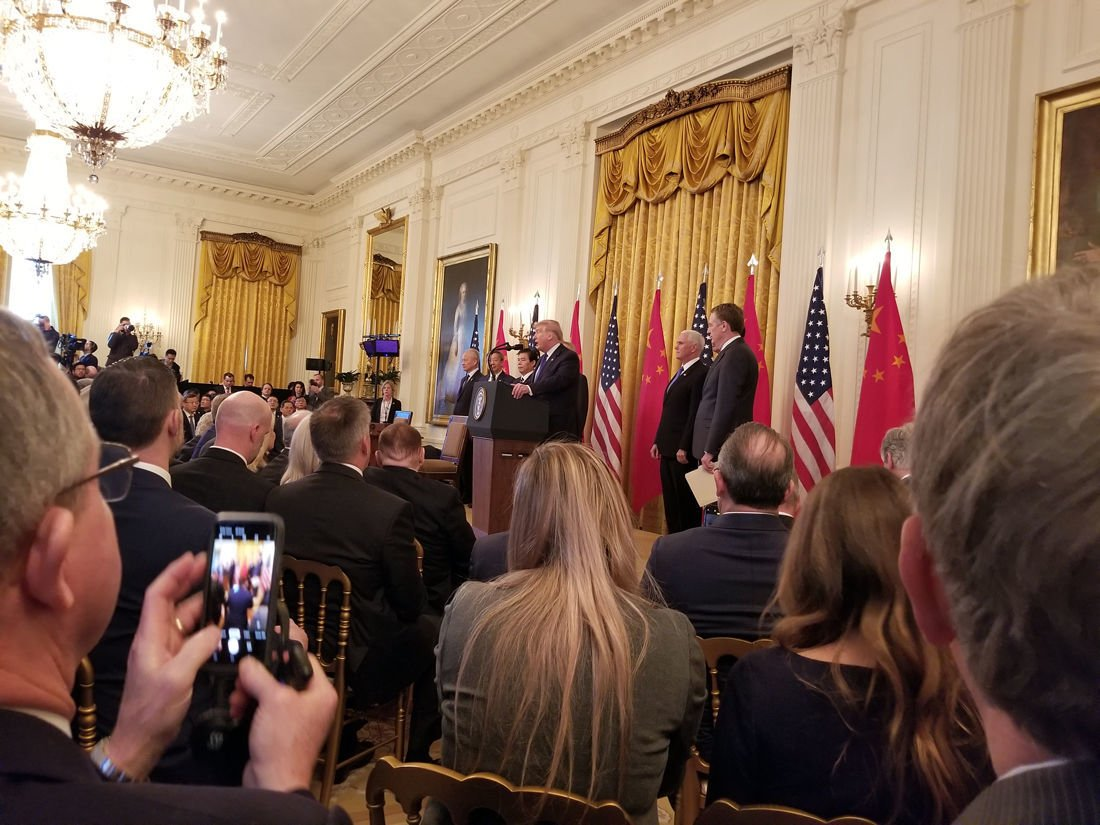 Attends signing of trade agreement