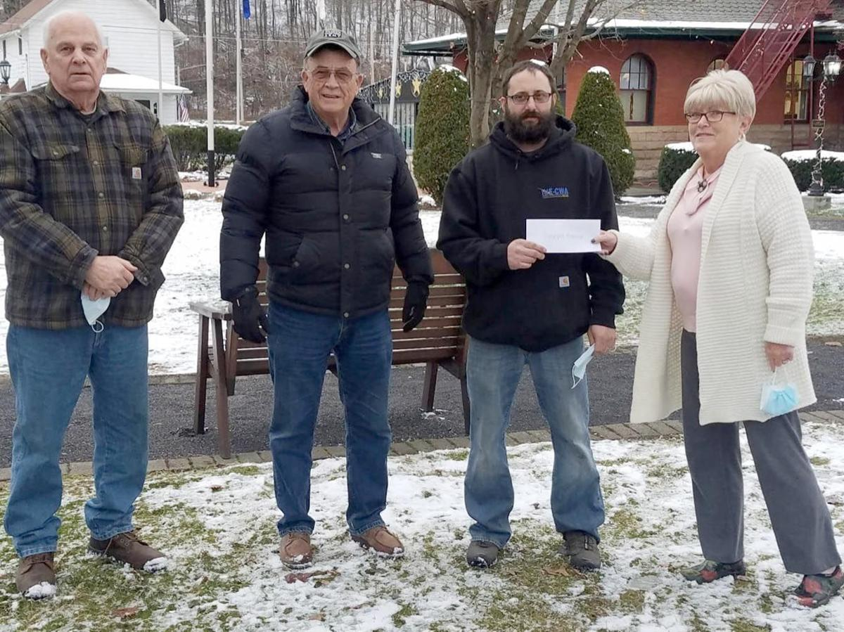 Local workers donate to build stage at arboretum
