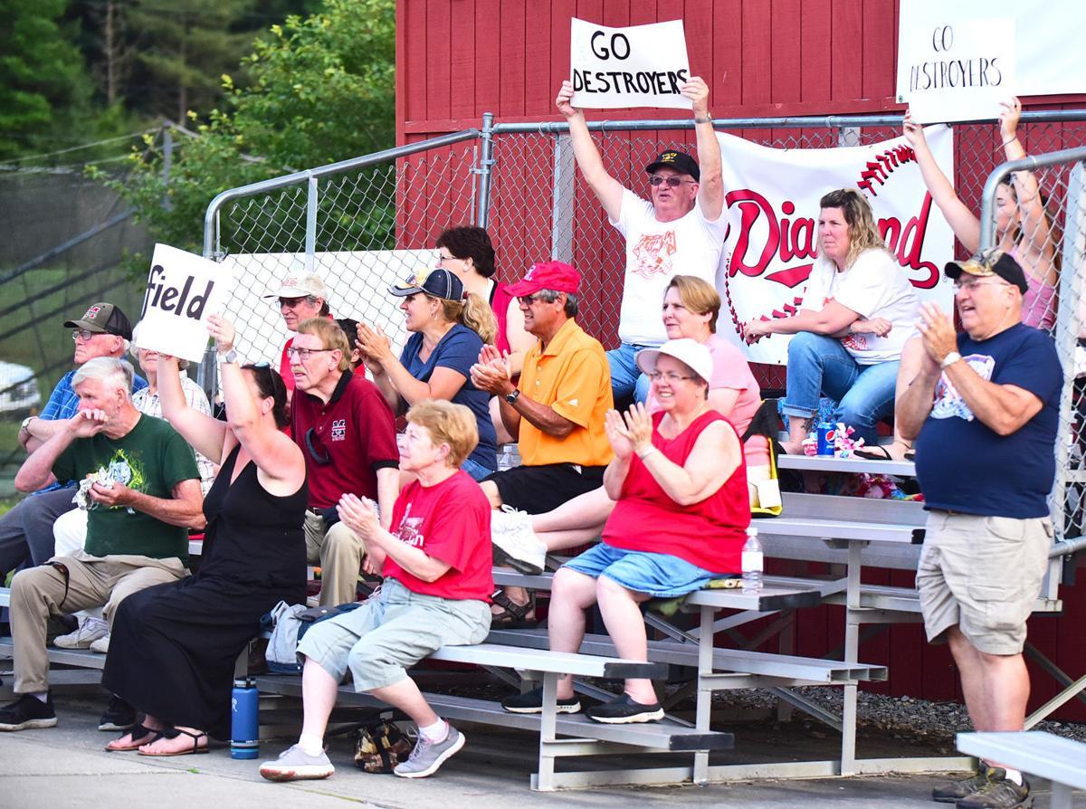 Destroyers fans celebrate win
