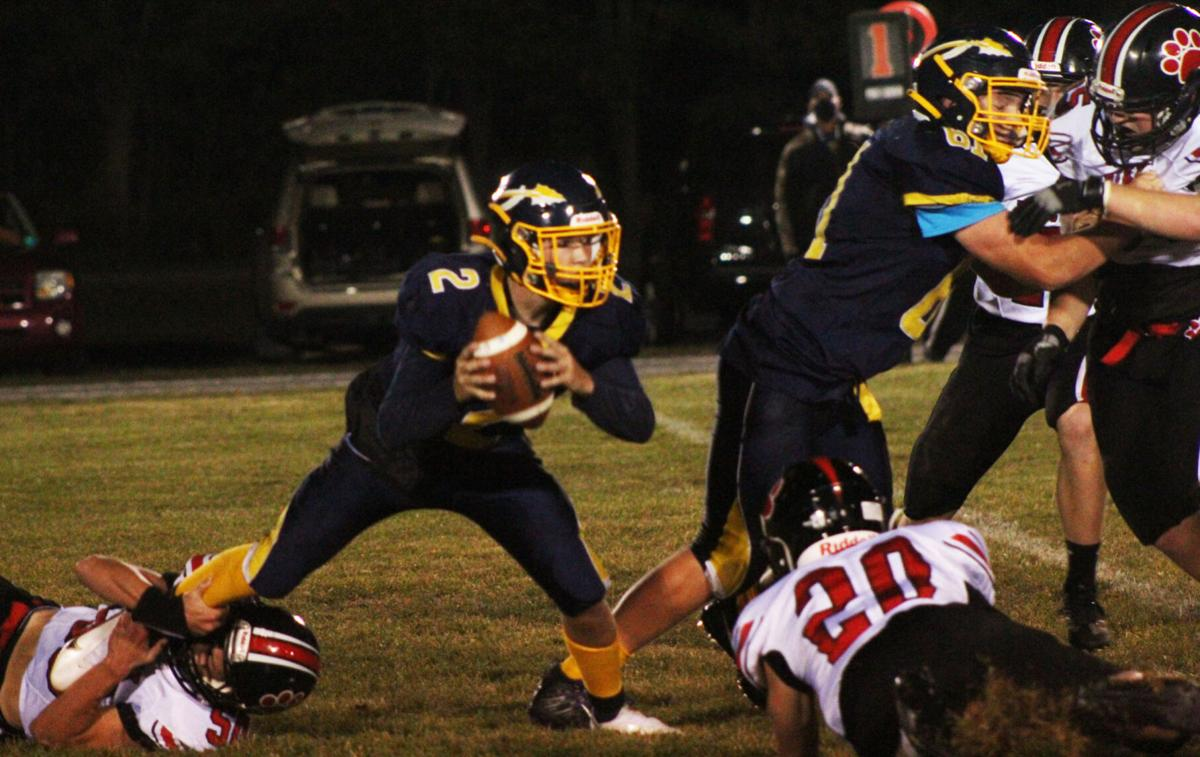 Tucker St. Peter escapes would-be tackler