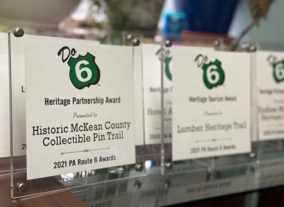 Do 6 awards