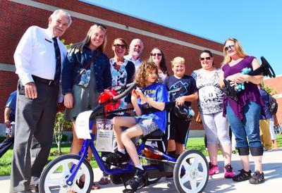 BLaST presented adaptive bikes to students
