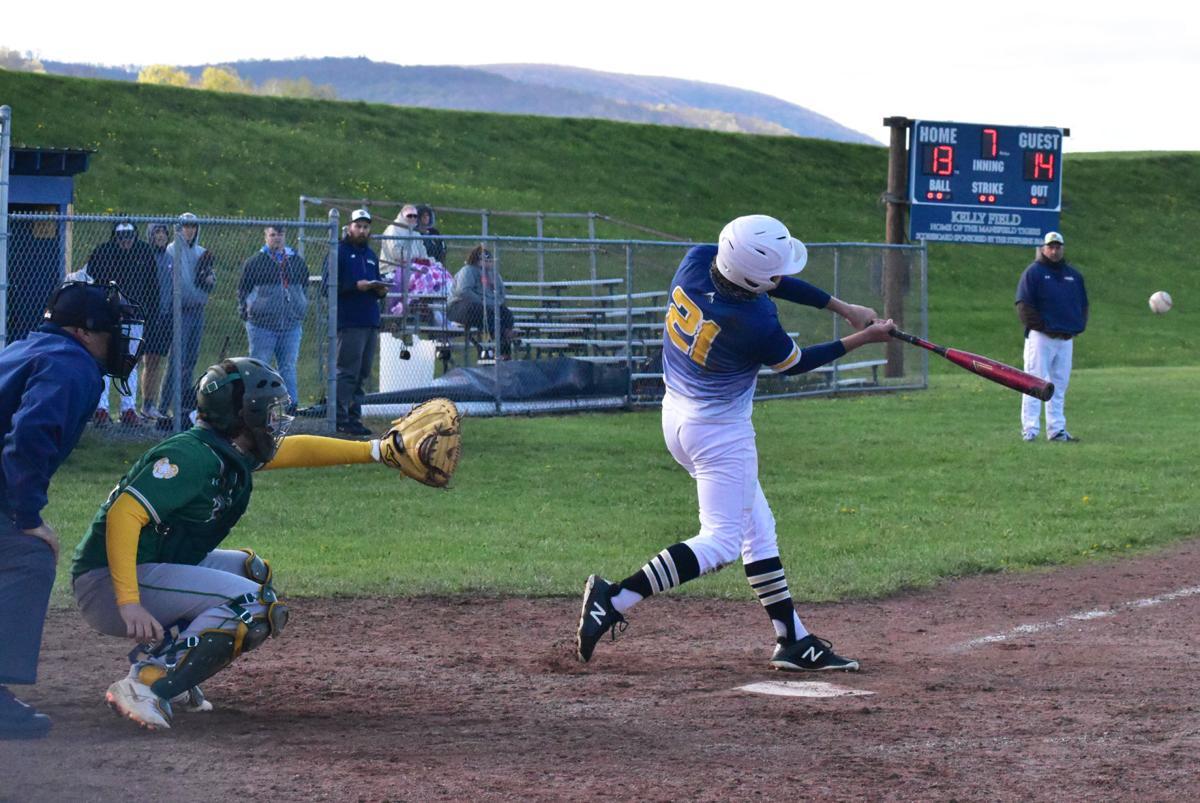 Bogaczyk hits walk-off