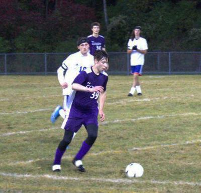 Hooftallen controls the ball