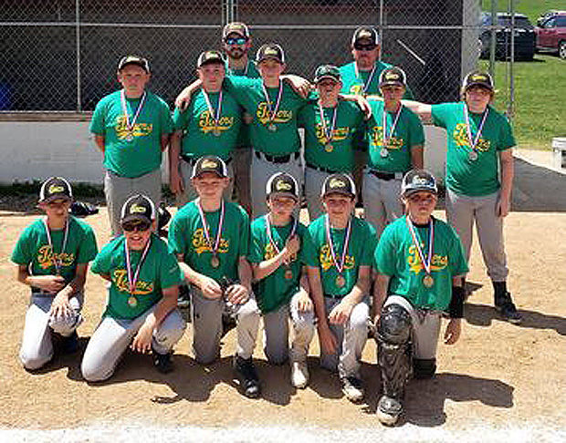 Knoxville Tigers win Wooden Bat Championship