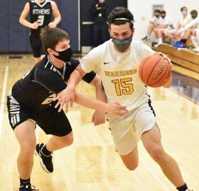 Schmitt drives to basket
