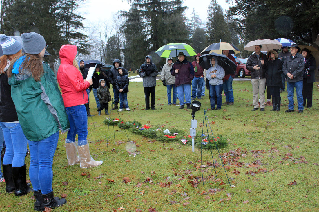 Wellsboro honors veterans with wreaths
