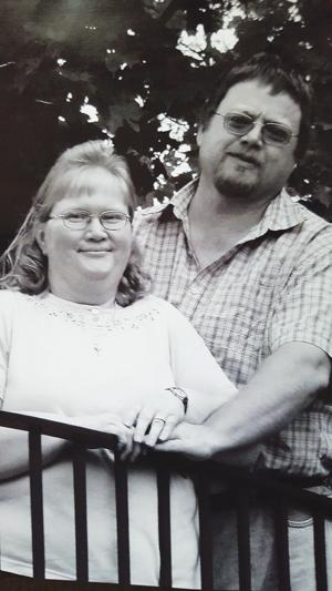 Local couple plans  to wed in July