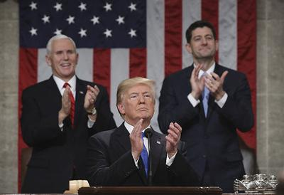 Trump pauses at State of the Union