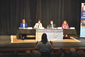 Four secretaries respond  to questions from area residents, officials during Franklin event