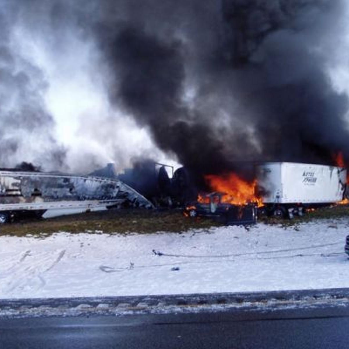 One person confirmed dead in pile-up on I-80 west of Laramie