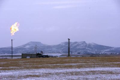 Interior moves to delay Obama-era rule on methane emissions