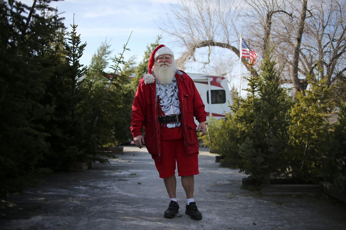 Santa stops shoplifter