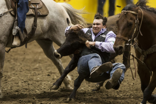 Kansas State S Brunner Leads Steer Wrestling On New Horse