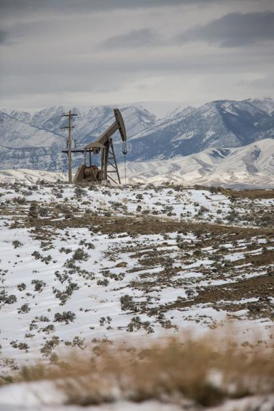 Elk Basin oil well