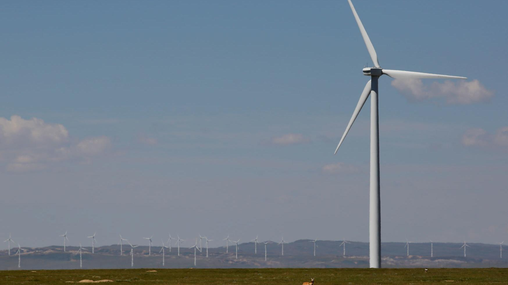 Rocky Mountain Power to build new wind farms in four Wyoming counties; plans to add 200 full-time jobs