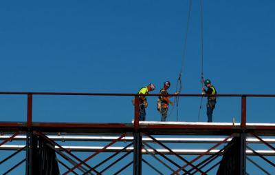 Construction worker dies at Kelly Walsh High School | Casper | trib com