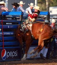 World Champ Feild Finds New Motivation Rodeo Trib Com