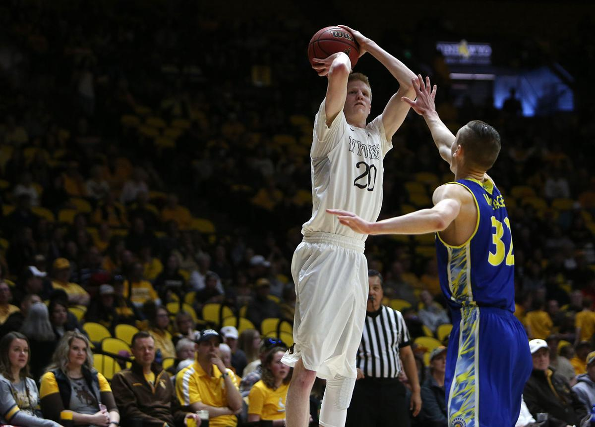 Six score in double figures as Wyoming men's basketball tops last-place San Jose State | Men's ...