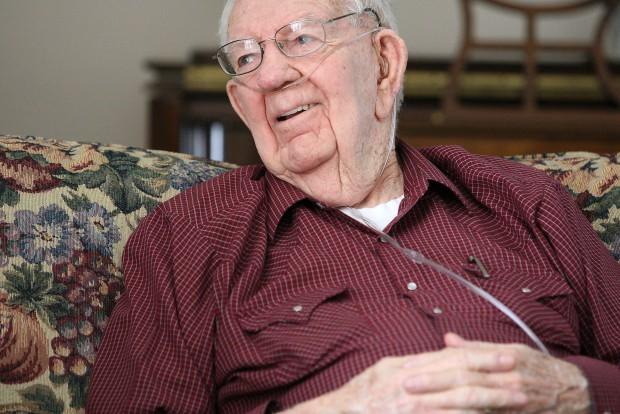 Lowell Rymill, WW II Veteran