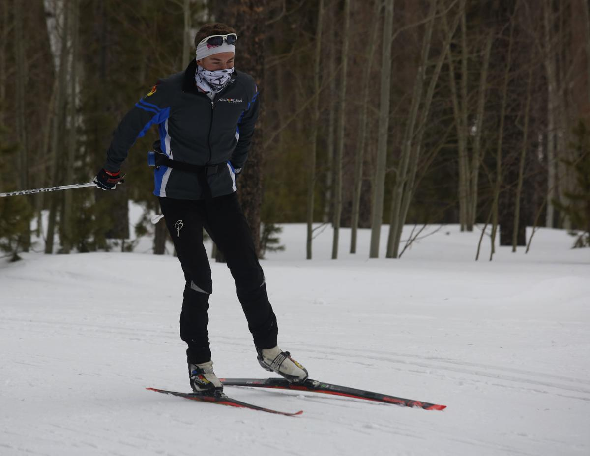 Cross-country skiers 5