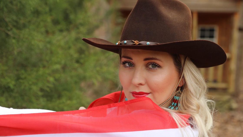 8c21581780e Casper product DeMetri Moon celebrates first country music release ...