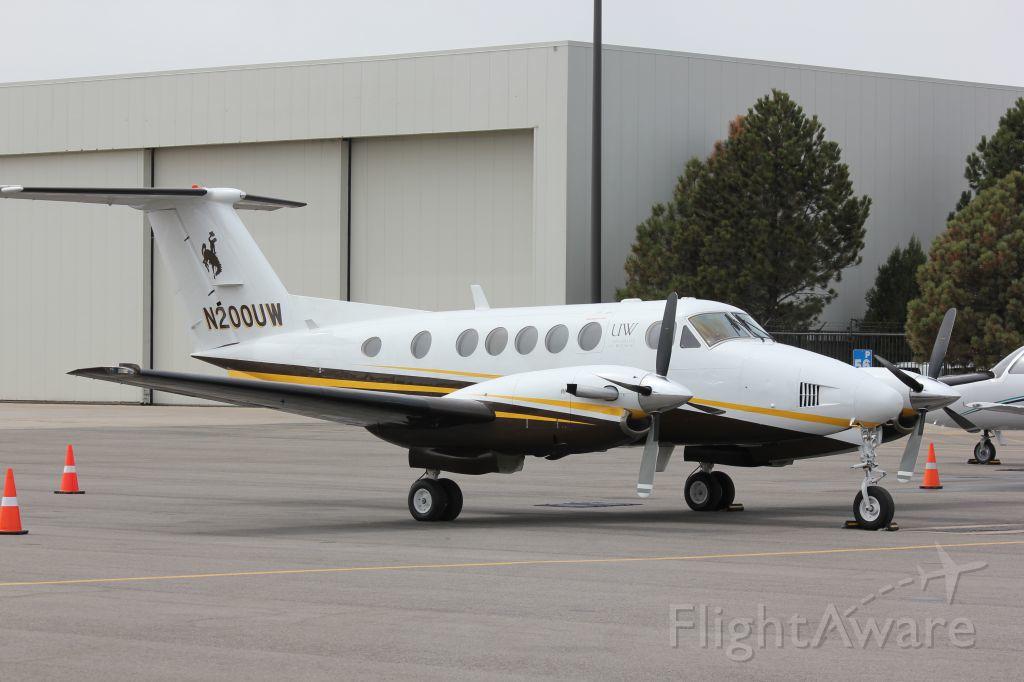 UW Board of Trustees plane