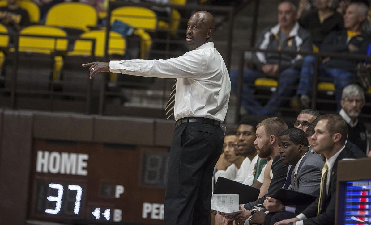 Wyoming vs Chattanooga Basketball