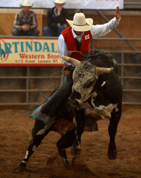 Casper College S Antone Leads Crmr Bull Riding Standings