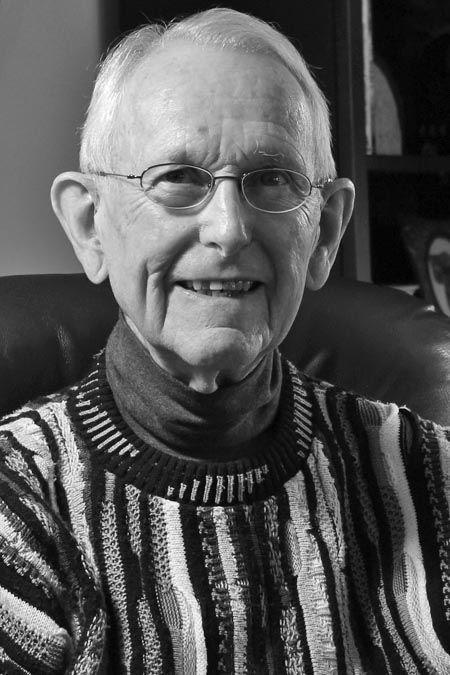 Martin Healey Ellbogen