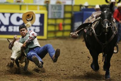 CNFR: Steer Wrestler